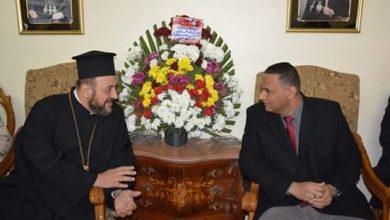 Photo of محافظ الدقهلية يزور كنائس الأقباط الشرقيين لتقديم التهنئة بمناسبة عيد الميلاد