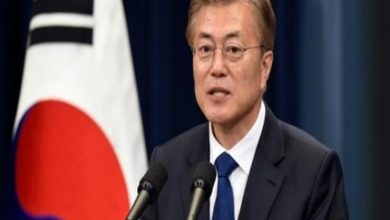 Photo of رئيس كوريا الجنوبية: التعاون الطبي مع الشطر الشمالي واليابان مهم لمكافحة كورونا