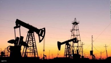 Photo of ارتفاع أسعار النفط بعد خسائر بسبب التوتر بين بكين وواشنطن