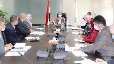 Photo of وزيرة البيئة تتابع إلتزام المنشآت الصناعية بالمعايير البيئية