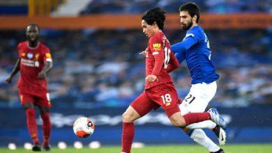 Photo of ليفربول يتعادل سلبيا مع إيفرتون بالشوط الأول