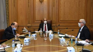 """Photo of """" وزير الدولة للإنتاج الحربي"""" يجتمع بعدد من قيادات شركات الإنتاج الحربى للوقوف على مستجدات العمل بالوزارة"""