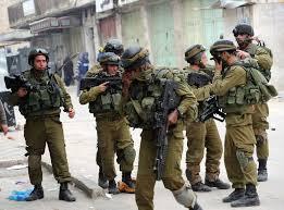 Photo of قوات الاحتلال الإسرائيلي تعتقل 7 فلسطينيين من بيت لحم ورام الله والخليل