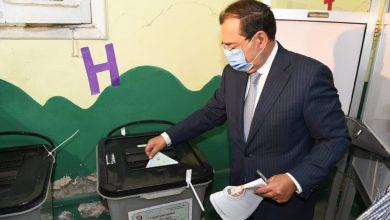 Photo of وزير البترول والثروة المعدنية خلال الإدلاء بصوته : مجلس الشيوخ اثراء للحياة النيابية