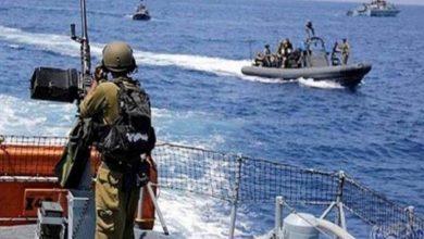 Photo of الاحتلال يغلق بحر غزة بشكل كامل ويجدد قصفه على عدة أهداف
