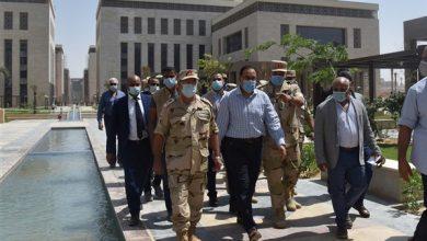 Photo of مدبولي يتفقد مبنى مجلس الوزراء ووزارة الخارجية بالحي الحكومي بالعاصمة الإدارية