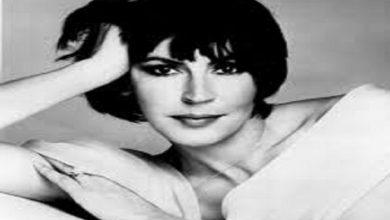 Photo of وفاة المغنية الأسترالية الشهيرة هيلين ريدي عن عمر يناهز 78 عامًا