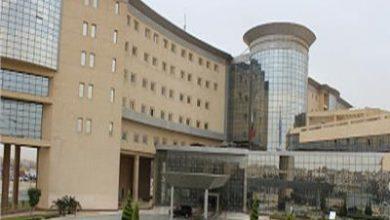 Photo of خبير عالمي في جراحة الغدد الدرقية واللعابية بالمستشفى الجوي العام