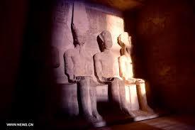 Photo of الشمس تتعامد على تمثال رمسيس الثاني بمعبد أبوسمبل بأسوان لمدة 20 دقيقة
