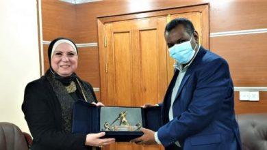 Photo of وزيرة التجارة والصناعة: الحكومة حريصة على تقديم الدعم الكامل للسودان