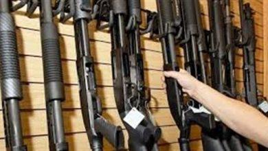 Photo of مبيعات الأسلحة تشهد تزايدا في أنحاء الولايات المتحدة