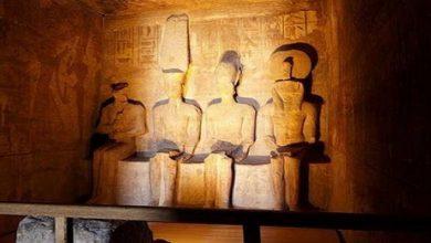 Photo of الشمس تتعامد على تمثال رمسيس الثاني بمعبد أبوسمبل بأسوان لمدة 25 دقيقة